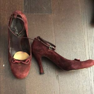 Via spica maroon leather ankle strap pumps